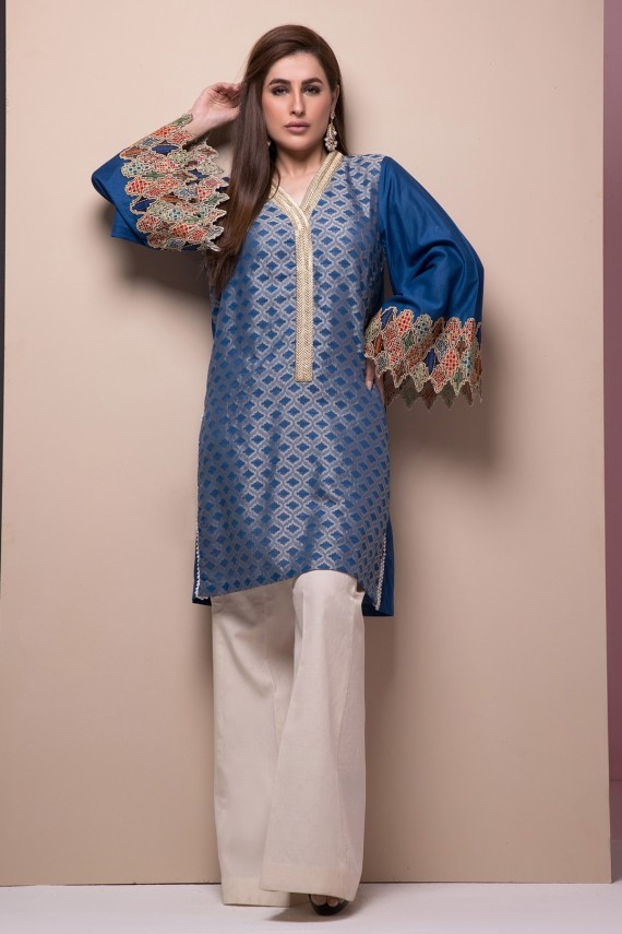 firdous-embroidered-jacquard-shirt