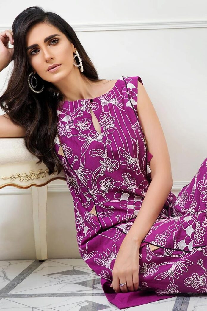 latest-cross-stitch-luxury-pret-dresses-2019