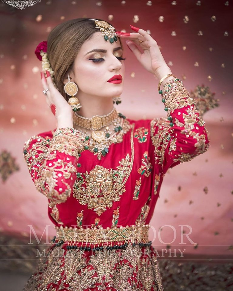 Beautiful Bridal Photo Shoot of Gorgeous Actress Zubab Rana