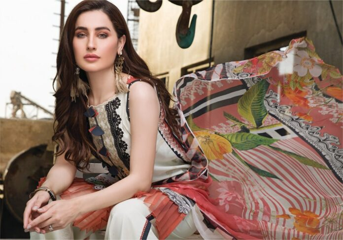 Firdous Embroidered Exclusive Lawn 2019 Spring Summer Collection