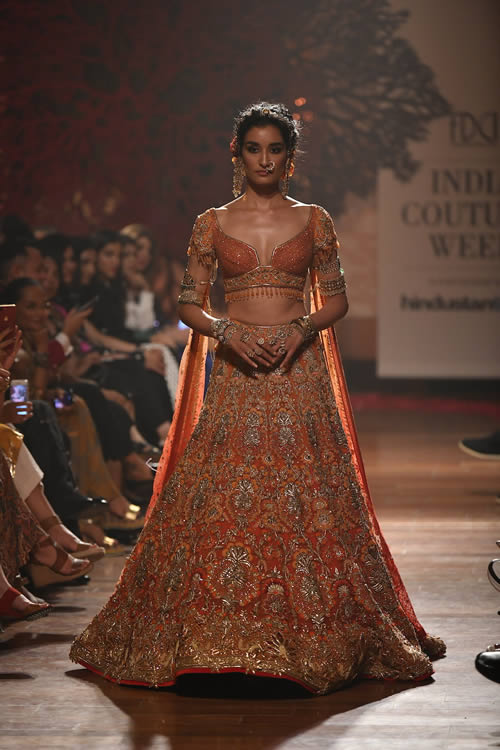 Tarun-Tahiliani-Luxury-Dresses