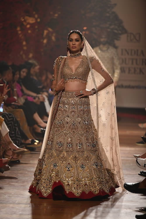 Tarun-Tahiliani-Summer-dresses-2019