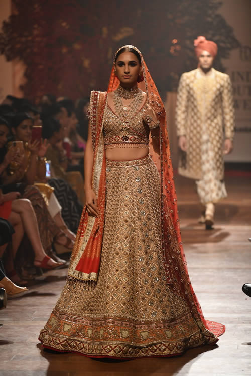 Tarun-Tahiliani-evening-wear-dresses