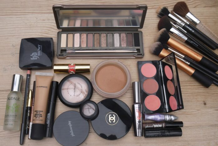 makeup-gift-sets-for-a-wedding