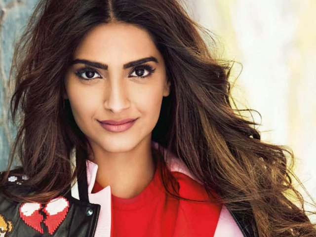 sonam-desktop-wallpapers