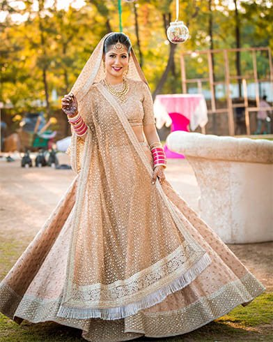 supreme-stylish-golden-bridal-lehenga-choli-design-suit
