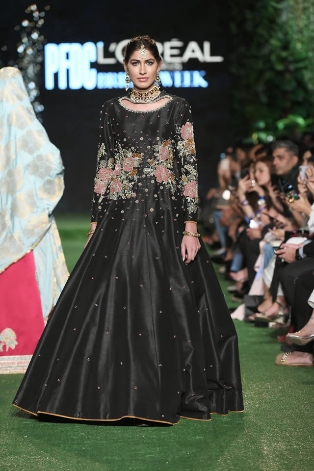 Hussain-Rehar-evening-wear