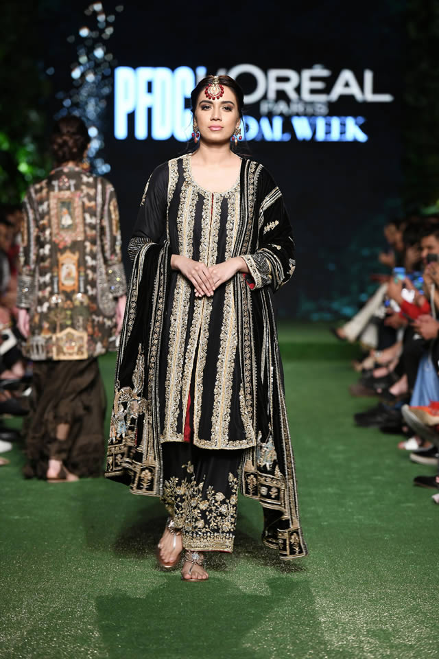 Nida-Azwer-Luxury-collection-2019