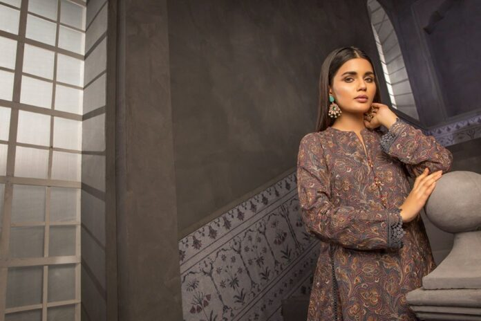 bareeze-karandi-lawn-collection-2019-with-price