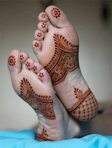 foot-mehndi-designs