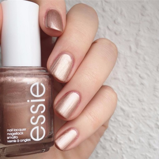 hottest-nail-polish-colors-for-summer-2019