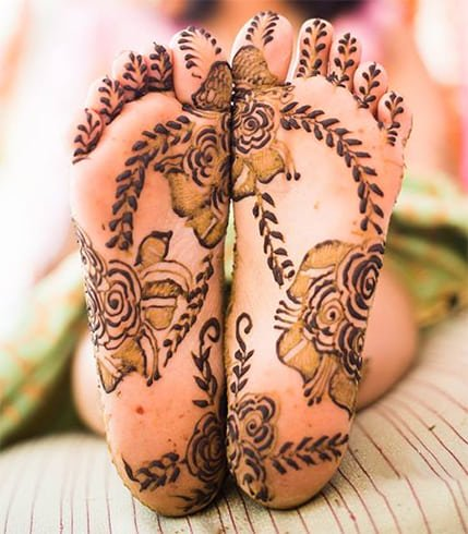mehndi-designs-for-feet
