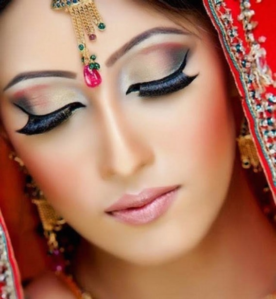 pics-of-pakistani-bridal-makeup