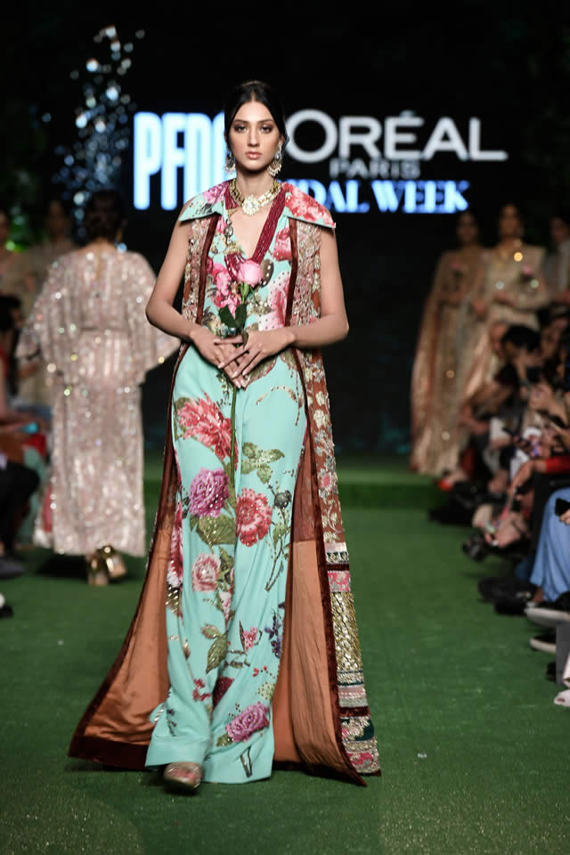 saira-shakira-bridal-collection-2019-at-pfdc