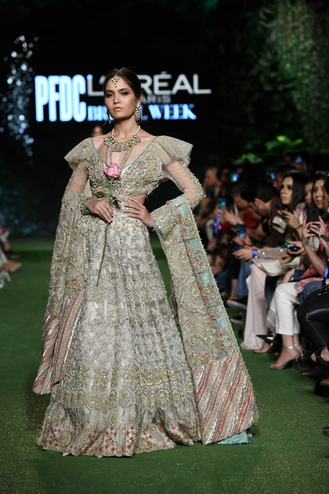 saira-shakira-bridal-collection-2019-bridal-week-2019