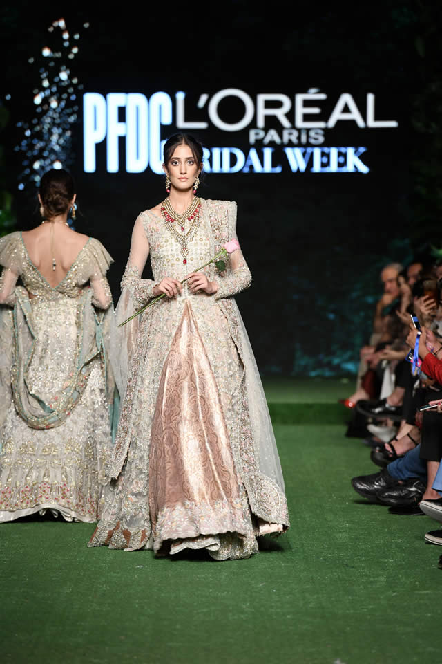 saira-shakira-bridal-wear-dresses-2019-at-pfdc