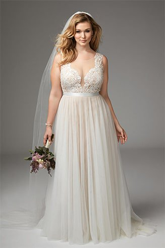 soft-tulle-with-plunging-neckline-dress