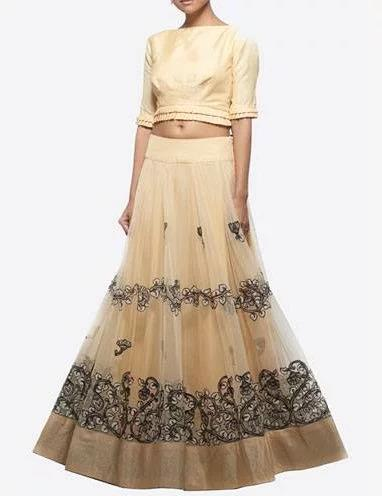 How-to-Wear-a-crop-top-bridal-lehenga