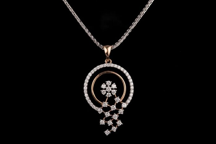 diamond-pendants-set