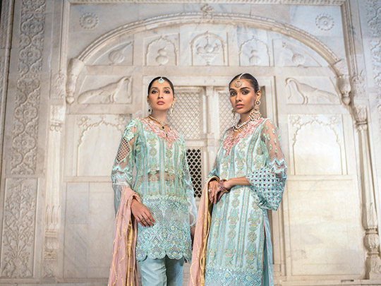 zainab-chottani-latest-bespoke-bridal-wear