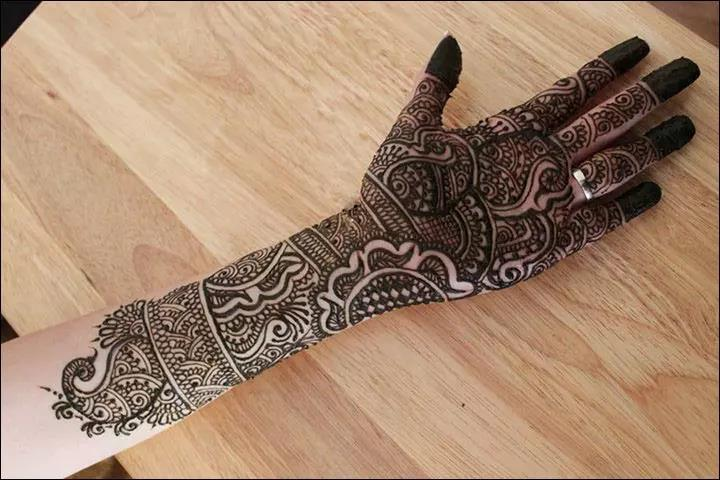 One-For-The-Modern-Day-Bride-Rajasthani-Bridal-Mehndi-Designs.jpg