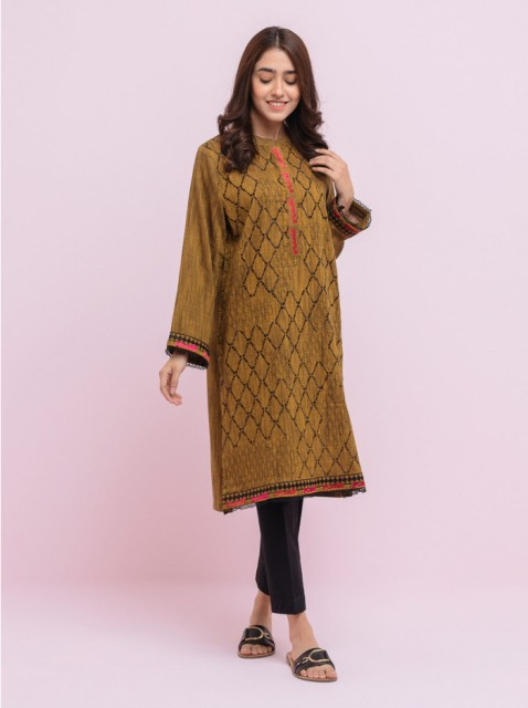 beech-tree-winter-embroidered-outfits