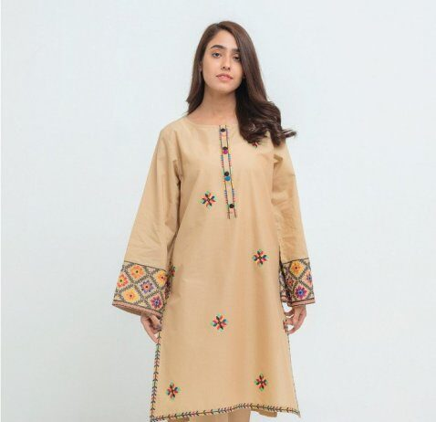 winter-embroidered-clothing-by-beech-tree