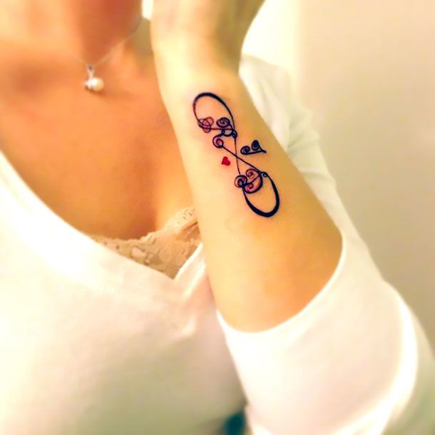 infinity-tattoo-designs-for-girls-hand