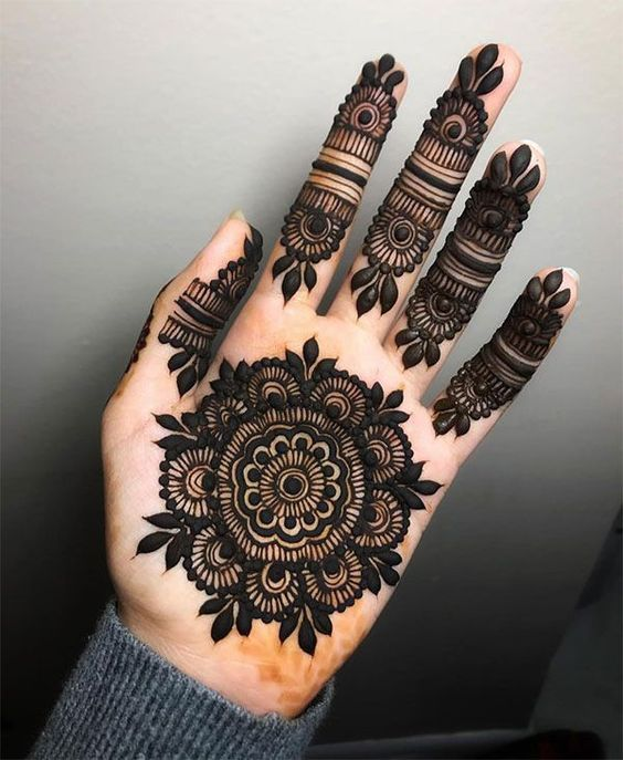 simple-mehndi-designs-for-hands-2020