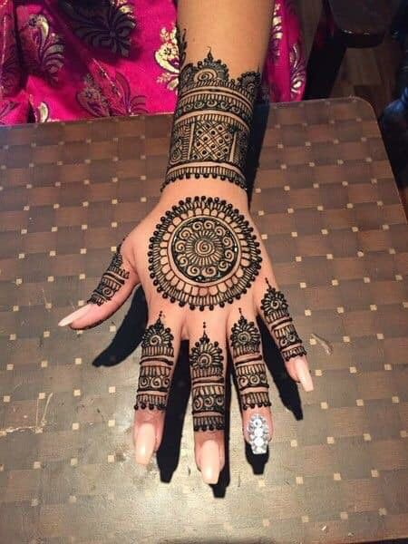 simple-mehndi-designs-for-hands-easy