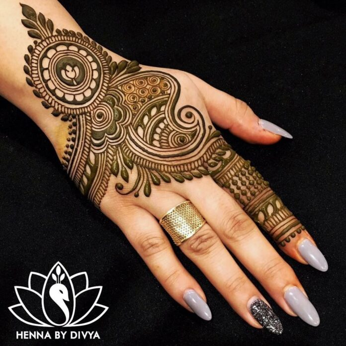 simple-mehndi-designs-for-hands-images
