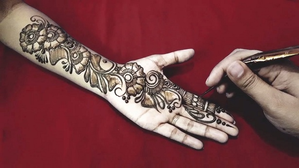 Party-style-Arabic-Henna-designs
