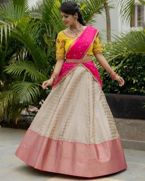 blouse-designs-for-pattu-half-saree