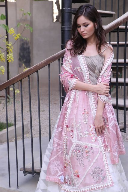 Nida-Azwer-Luxury-Wear-Collection
