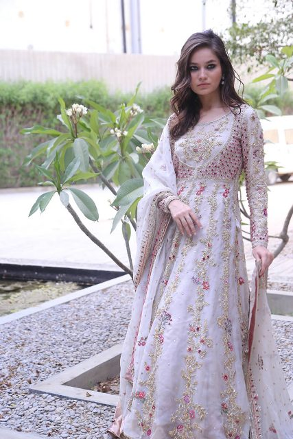 Nida-Azwer-Luxury-Wear-Dresses