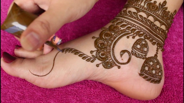 foot-mehndi-design-simple