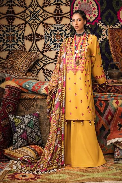 gul-ahmed-pre-fall-embroidered-linen-collection-2