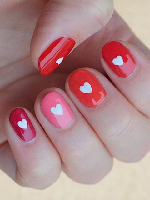 Cute-Valentines-Day-Nails