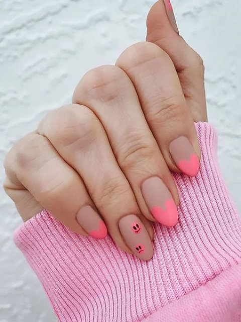 Pink-and-Nude-Love-Heart-Nails